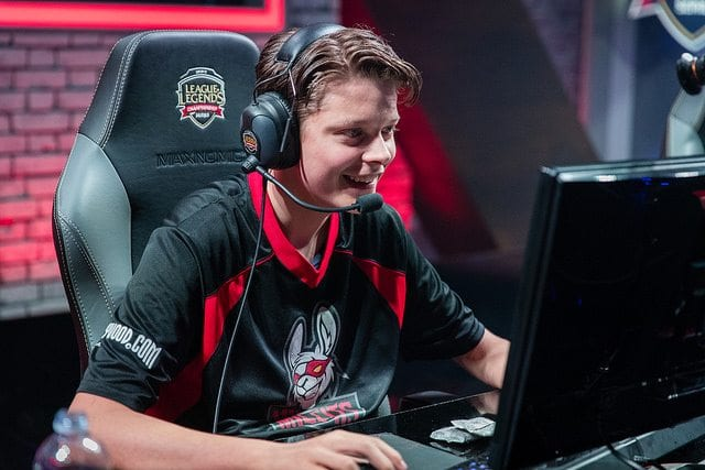 Pridestalker moves from Misfits Academy to ROCCAT