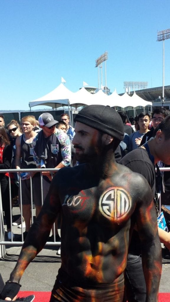 Romain dressed up for the pre-game.